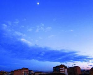 21.12 nuvole e Luna