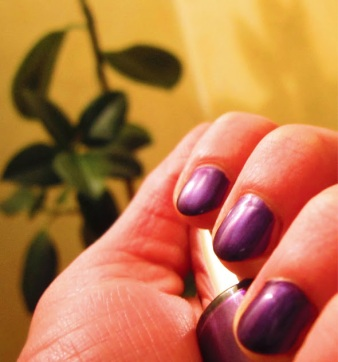 30_11 smalto viola base per nail art
