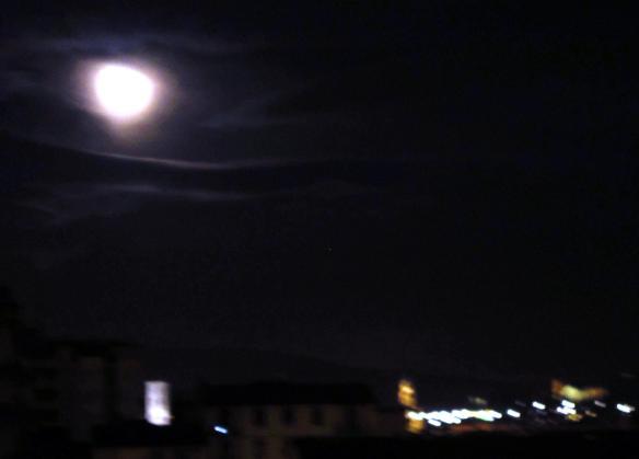 30.3.2013 Luna su Firenze