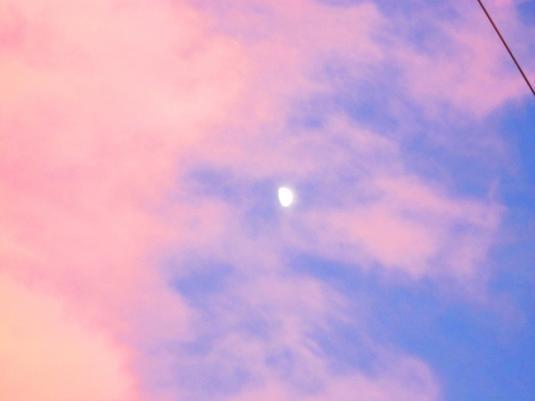 18.6.2013 Luna e nuvole rosa