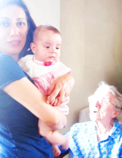 14.7.2013 con Viola da nonna Gabriella luce strana