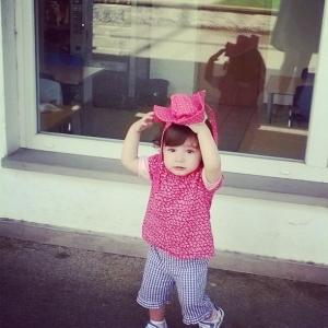 Viola col cappellino luglio 2014