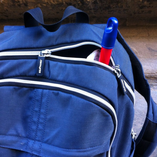 """Foto di Anna: portata  dall'aggiustascope la mini granata con cassettina e cencino per la bimba """"maniaca"""" delle pulizie :)"""