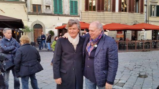 3 marzo 2015 Antognoni e Guido Magherini in piazza per Riky