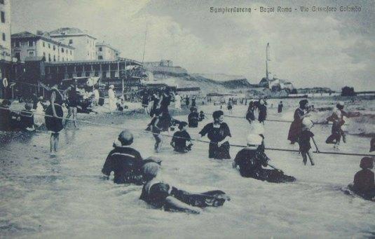 bagnanti con corde