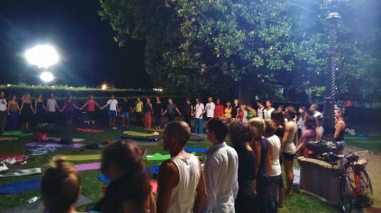 26-agosto-2016-yoga-alle-cascine4