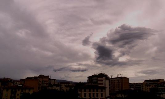 6-settembre-2016-prima-del-temporale-nuvoloni