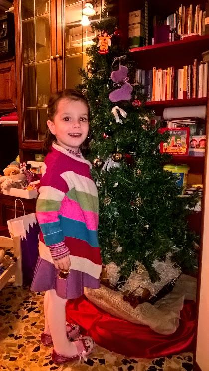 15-novembre-2016-viola-felice-con-albero-in-fieri