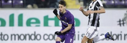 "Foto LaPresse/Marco Bucco 15/01/2017 Firenze (Italia) Sport Calcio Fiorentina vs Juventus - Campionato italiano di calcio Serie A TIM 2016/2017 - Stadio ""Artemio Franchi"" Nella foto: il primo gol di Nikola Kalinic 1-0 Photo LaPresse/Marco Bucco January 15, 2017 Florence (Italy) Sport Soccer Fiorentina vs Juventus - Italian Football Championship League A TIM 2016/2017 - ""Artemio Franchi"" Stadium  In the pic: the first goal of Nikola Kalinic"
