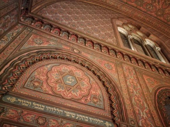10.9.2017 dentro la Sinagoga nel matroneo