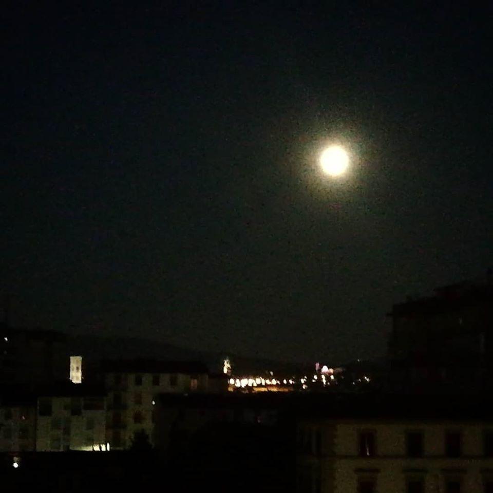 4 luglio 2020 Luna su Firenze1